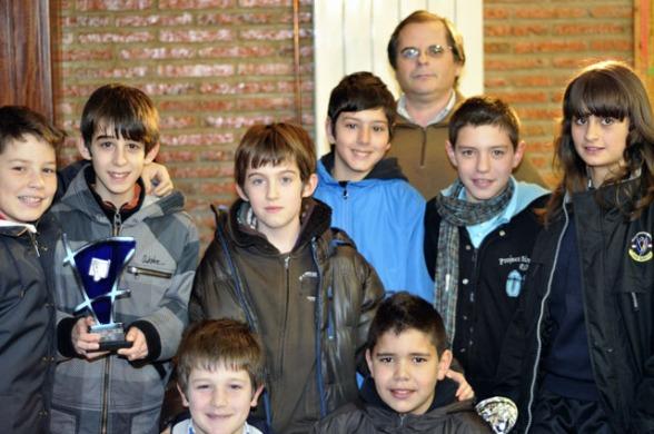 Calasanz segundo clasificado, entrega Juan Miguel Marchena